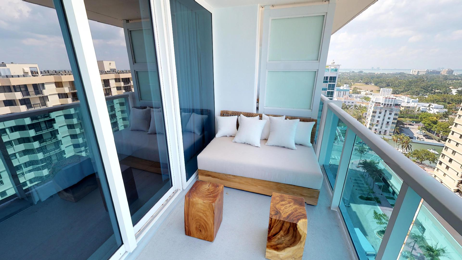 1 Hotel and Homes South Beach Penthouse 1609 Second Floor Balcony