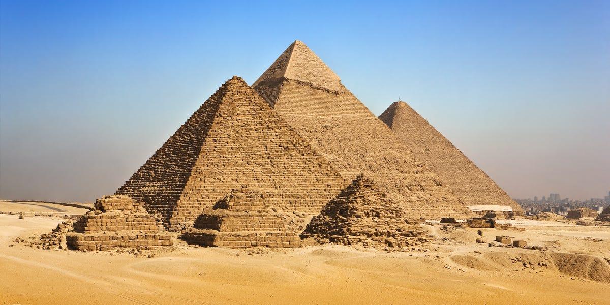 Great Pyramids of Giza Virtual Tour